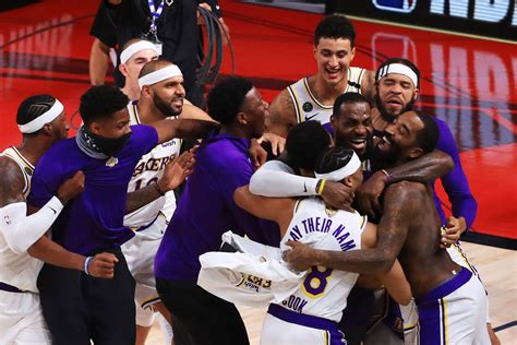 Lakers Demolish Heat, Clinch 17th NBA Title | Journal Online