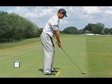 Golf Training Drill For Consistent Posture Like Tiger ...