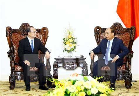 chambre de commerce hong kong le premier ministre re 231 oit le pr 233 sident de la chambre de