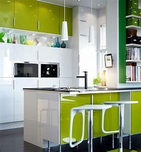cuisines colorees la nouvelle tendance du moment a adopter With couleur tendance deco salon 5 cuisine photo 12 cuisine elegante avec touche de gris