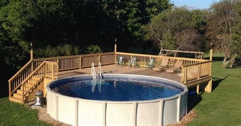 Above Ground Pool Deck For 24 Ft Round Pool. Deck Is 28x28