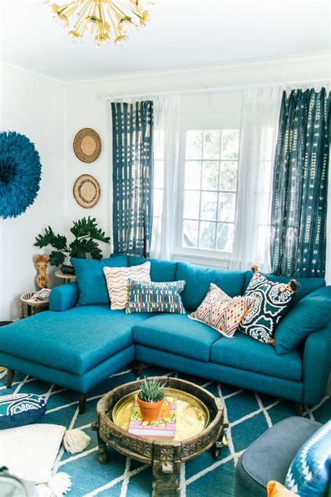 Teal Couch Living Room Ideas by Best 25 Teal Couch Ideas On Pinterest Teal Sofa Teal