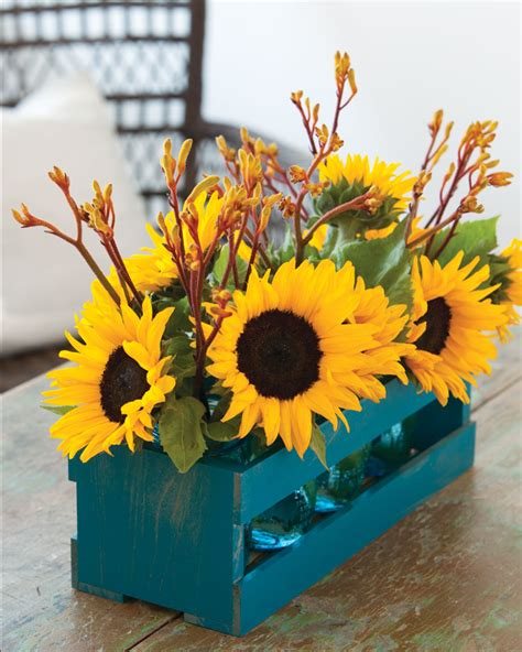 september table decorations september sunflower centerpieces southern lady mag