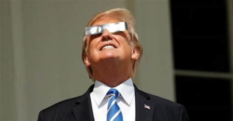 trump meme obama eclipse donald balcony washington retweets kick president rally himself eclipsing frenzy nbcnews