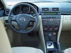 Image  2004 Mazda Mazda3 4
