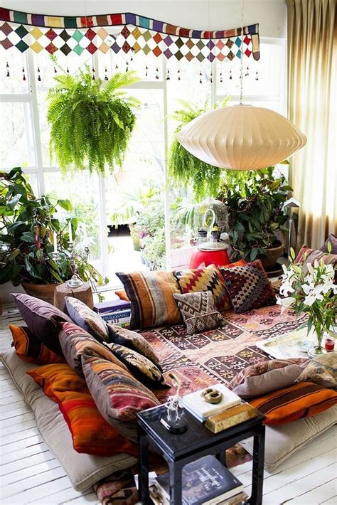 cool ideas  decorate  place  floor pillows