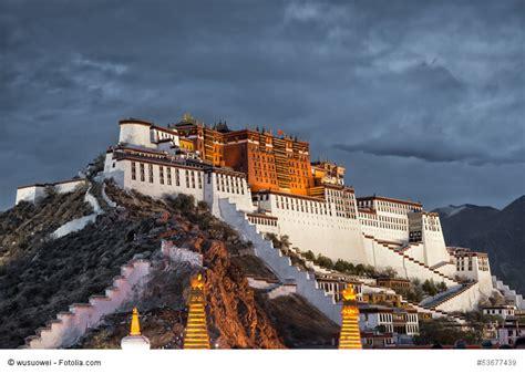 der potala palast  lhasa
