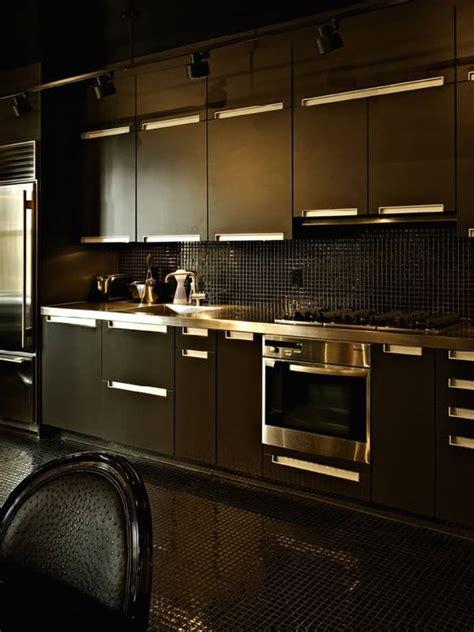 stylish kitchens  rock  black