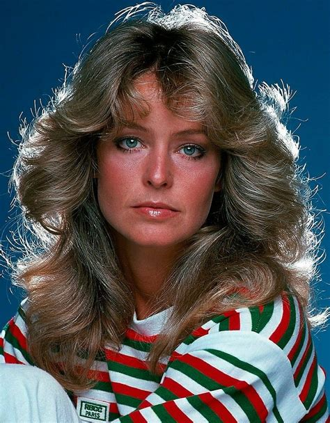 We make sure that no one can fit feathered hairstyles better than farrah. Pin by Sandyytopp on Farrah Fawcett (With images)   Hair ...