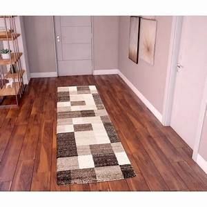 carpet runner to dress up a hallway or an entry techneb With tapis de couloir