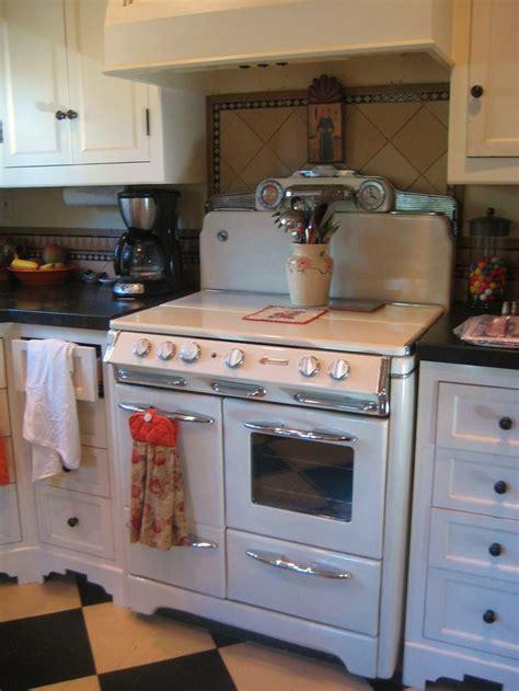 vintage kitchen okeefe merritt stove vintage kitchen