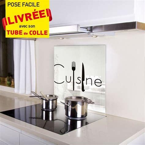 fond blanc cuisine kozeodeco crédence fond de hotte en verre 600x650mm décor cuisine couv fond blanc motif noir