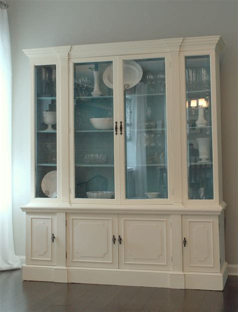 pictures of china cabinets newlywed nesters annie sloan chalk paint china cabinet