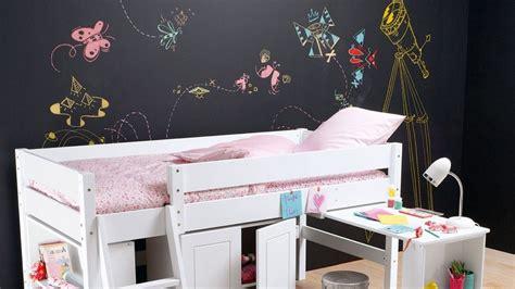 comment dessiner sur un mur de chambre besoin d 39 idée deco chambre enfant tous les conseils d 39 un pro