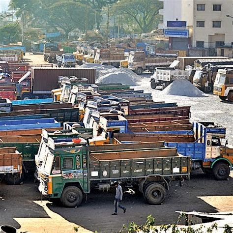 Trucks Older Than 15 Years To Go Off The Road Panindia