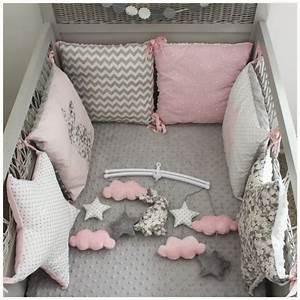 Tour De Lit Rose Pale : pingl par tatiana sur pinterest bebe tour de lit et chambre b b ~ Teatrodelosmanantiales.com Idées de Décoration