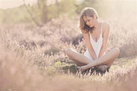 fotoshooting ideen frau sommer shooting mit hochzeitsfotografie farbklecks
