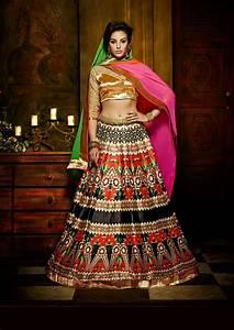Contrast Bridal Lehenga Designs Designer Wedding Lehengas Available Online Beauty And Blush