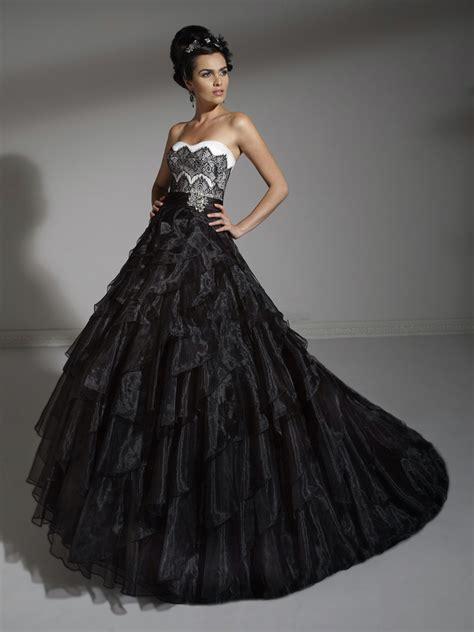 breathtaking black wedding dresses   unique bride