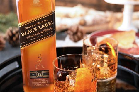 what color is whiskey the color of whiskey what can it tell us distiller