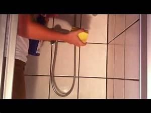 Dusche Reinigen Backpulver : dusche richtig reinigen bad putzen youtube ~ Lizthompson.info Haus und Dekorationen