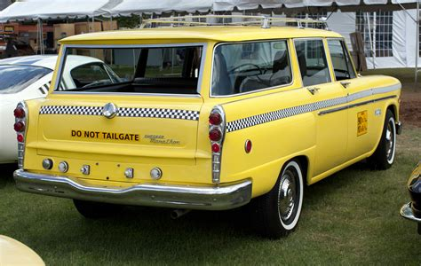 File:1971 Checker Marathon Station Wagon pretend-taxi.jpg ...