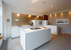 Küche Sideboard Mit Arbeitsplatte : bulthaup b3 k che mit wandpaneel modern k che d sseldorf von bulthaup im belsenpark b ~ Sanjose-hotels-ca.com Haus und Dekorationen