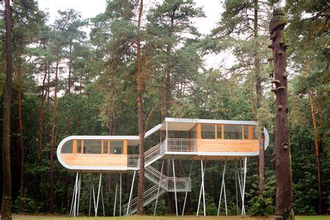treehouse room  sustainable thinking
