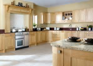 Oak Wooden Kitchen Cabinet Pale Yellow Wall Color Modern Kitchen Paint Colors With Oak Cabinets