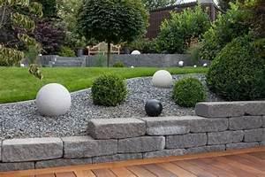 Terrasse Aus Kies : gartengestaltungsideen steingarten anlegen mit passender bepflanzung gartenwege aus kies ~ Markanthonyermac.com Haus und Dekorationen