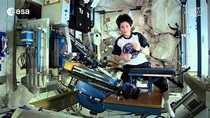 Using the Space Gym With Samantha Cristoforetti   ISS ...