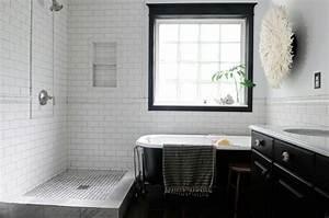Déco Salle De Bain Noir Et Blanc : id e d coration salle de bain salle de bain r tro en noir et blanc ~ Melissatoandfro.com Idées de Décoration