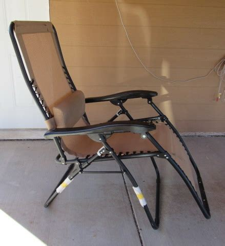 lot detail like new zero gravity reclining lawn chair