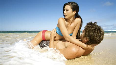 I Went On Vacation And Hooked Up With A Local Guy On The Beach Maxim