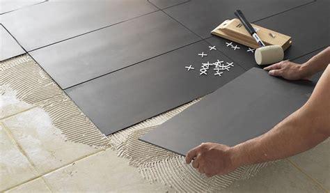 transformer garage en cuisine comment changer sol sans ragréage parquet dalle de pvc moquette 18h39 fr