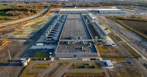 synergy number  hyperscale data centers reached    dcd