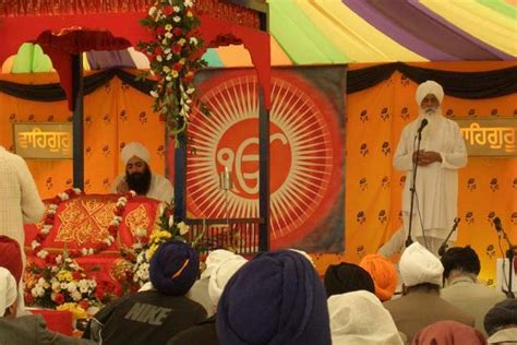 Hinduism vs Sikhism - Difference and Comparison   Diffen