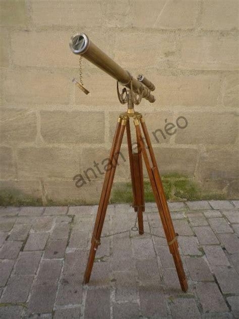 loupe bureau télescope longue vue sur trépieds laiton et bois boutique