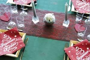 decorations de tables speciales fetes de fin d39annee thouy With decoration fete de fin d annee