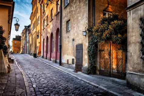 Explore Warsaw's charming Old Town   Radisson Blu