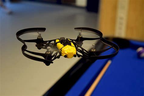 parrot minidrones review van de orak travis en jett drones