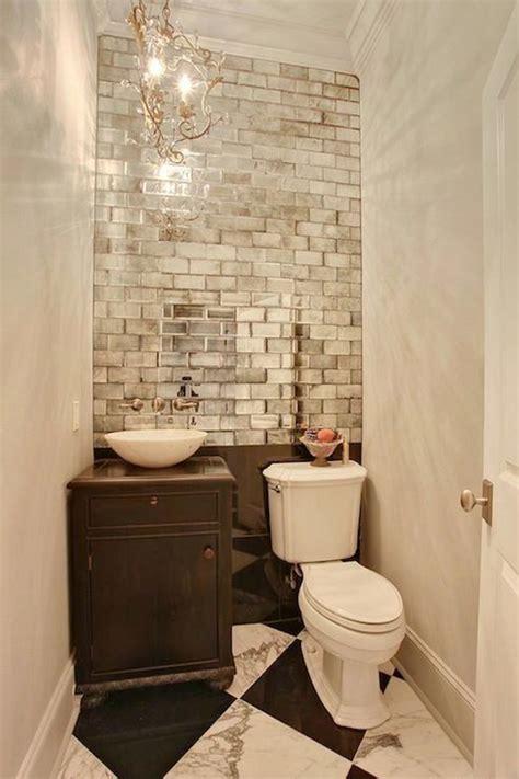 Fliesenspiegel Abschlagen by 25 Best Ideas About Mirrored Subway Tiles On