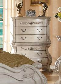 nice traditional bedroom dresser Antique White Bedroom Furniture | Queen Mansion Bed