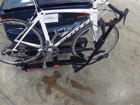 bike rack yakima yakima holdup 2 bike rack for 1 1 4 quot hitches platform