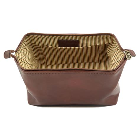 trousse de toilette femme luxe trousse de toilette en cuir smarty grand mod 232 le tuscany leather