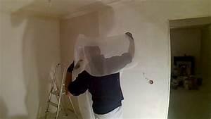 Toile De Rénovation Mur : poser une toile de verre anti fissures enduit arm youtube ~ Melissatoandfro.com Idées de Décoration