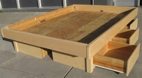 storage drawers   build  platform bed  storage