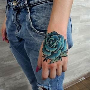 Rose En Tatouage : un tatouage rose en couleurs sur la main tattoo pinterest tattoos rose tattoos et picture ~ Farleysfitness.com Idées de Décoration