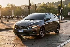Consommation Fiat Tipo Essence : mod les de voitures spacieuse et berline louer en cr te ~ Maxctalentgroup.com Avis de Voitures