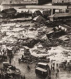Curious History : The Boston Molasses Disaster | The ...